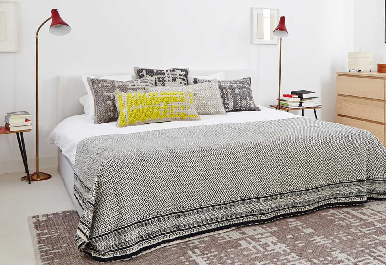 Canevas Cushion by Gan Rugs product image 2