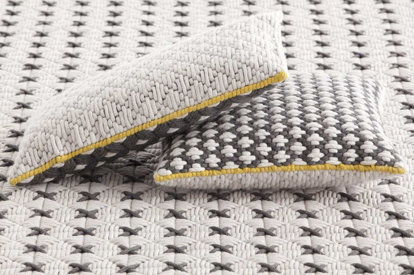 Silai Cushions by Gan Rugs product image 2