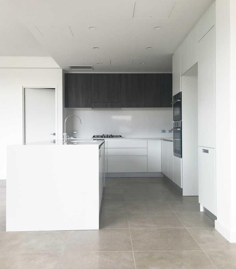 Doimo_Easy_Kitchen_Matt_lacquer_Laminate_Dark