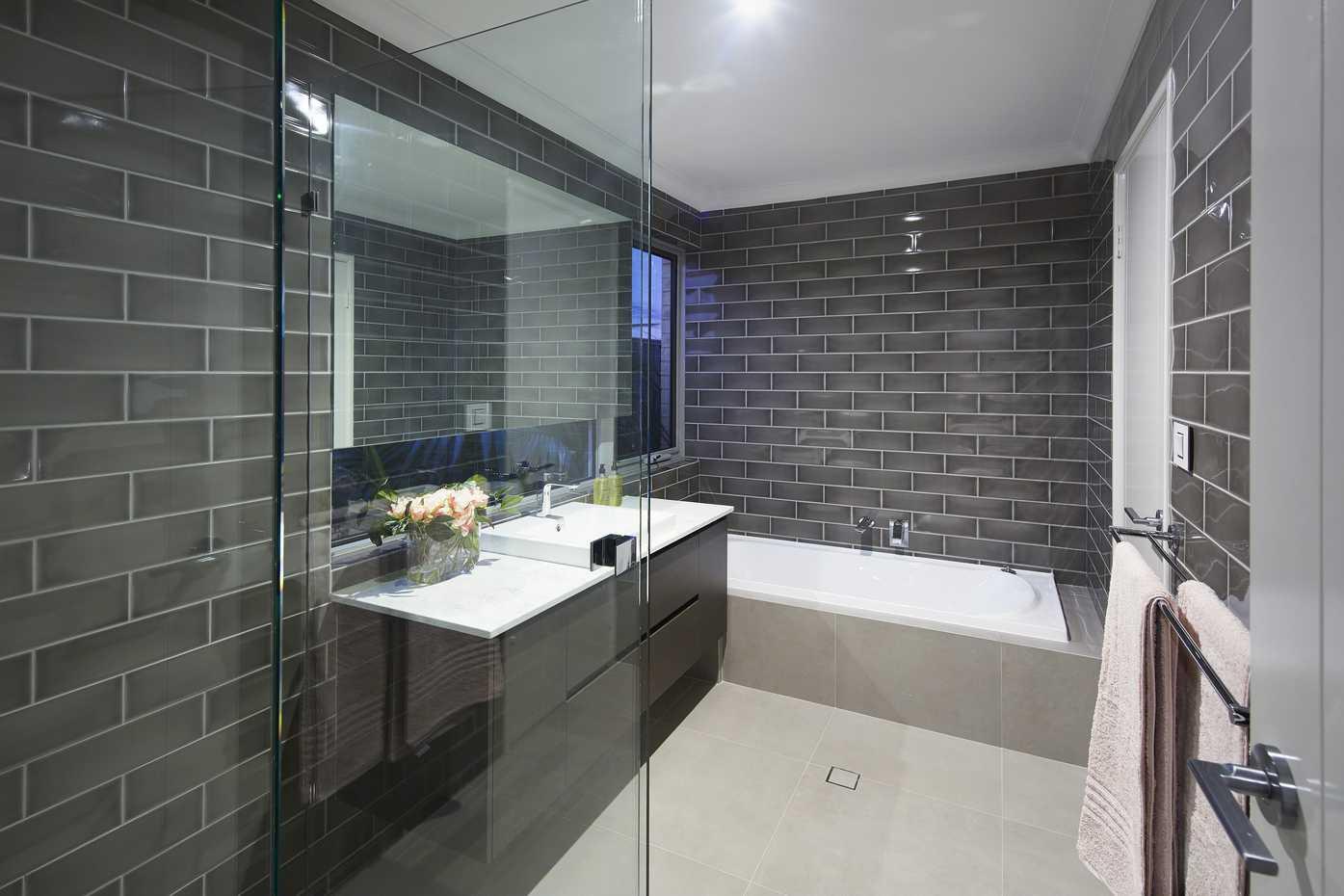 Texas Platinum - Bathroom