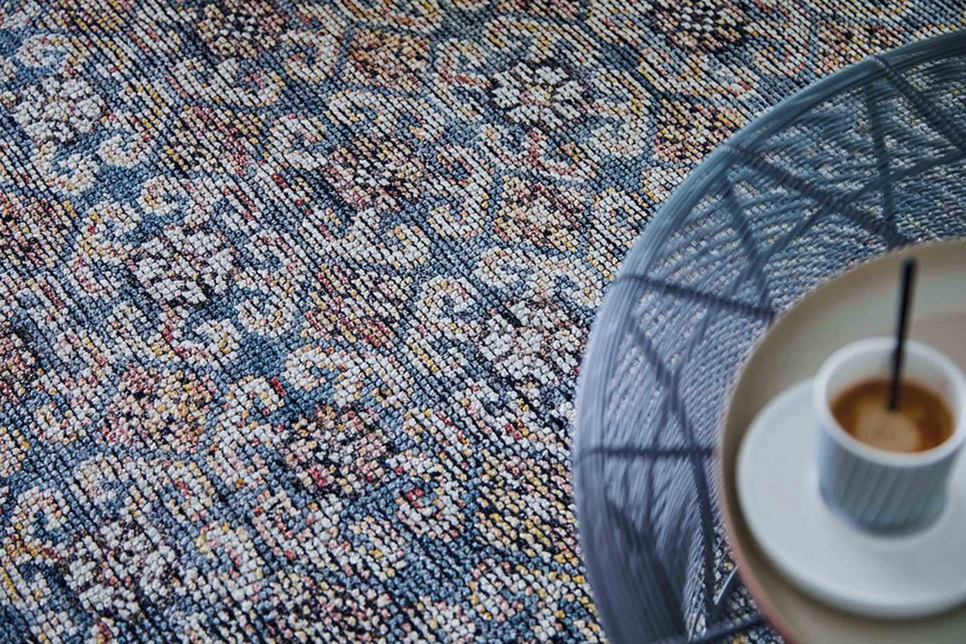 Hidraulic by Gan Rugs product image 2