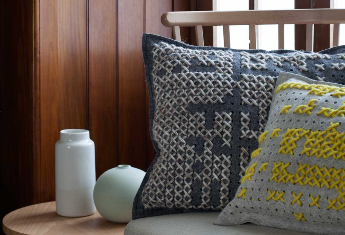 Canevas Cushion by Gan Rugs product image 1