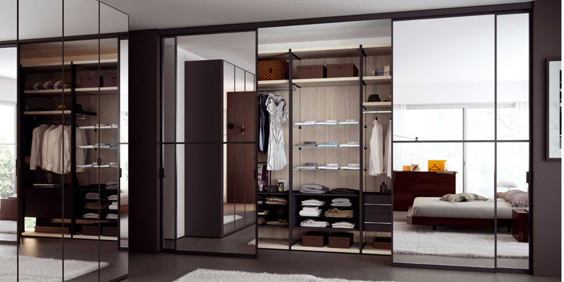 Walk-in Wardrobe with Framed Side by Mercantini product image 10