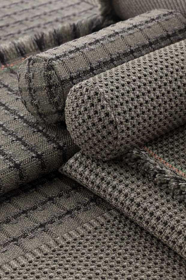 Garden Layers Rolls  by Gan Rugs product image 4