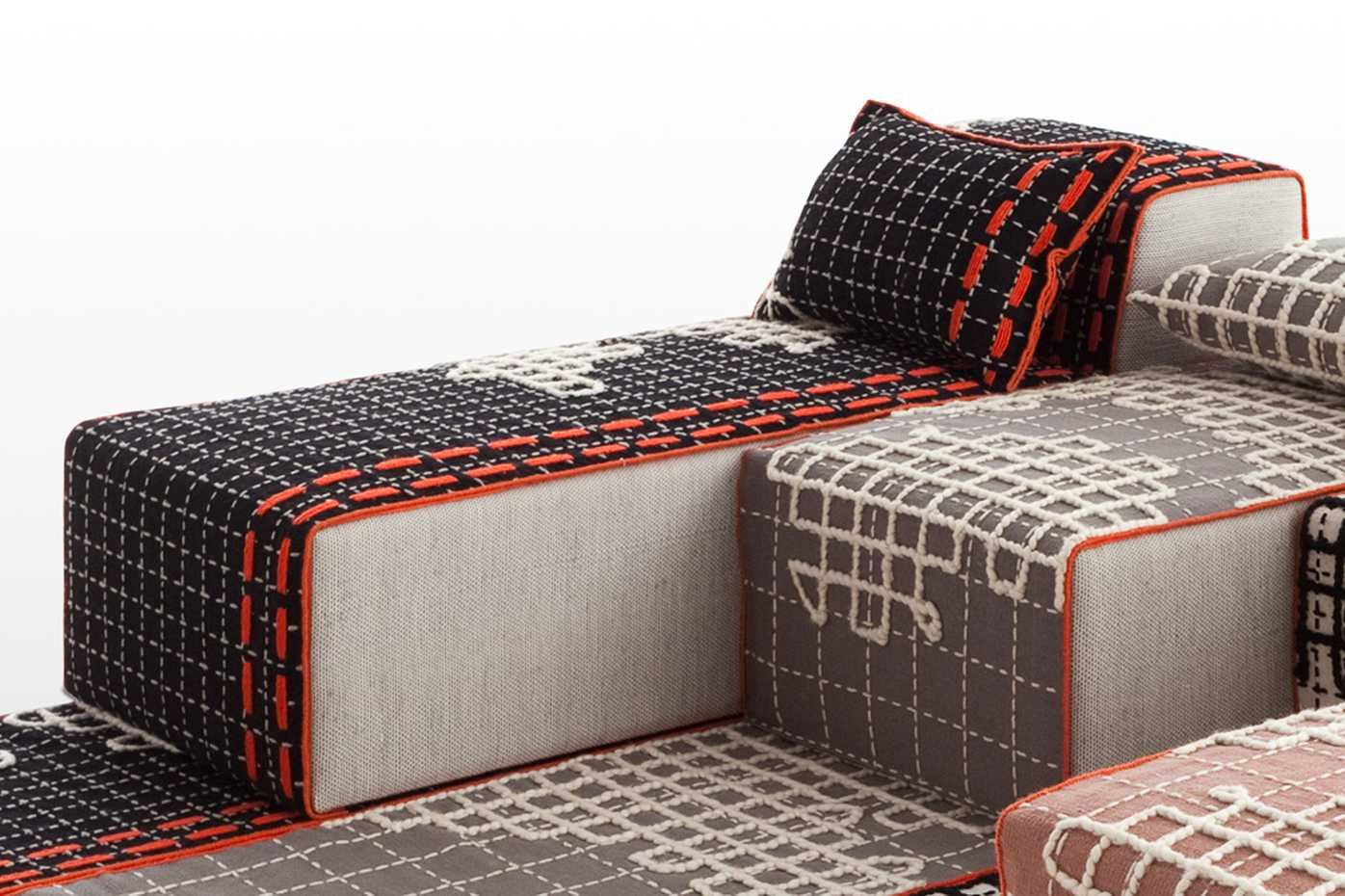 Bandas Chaiselongue by Gan Rugs product image 1
