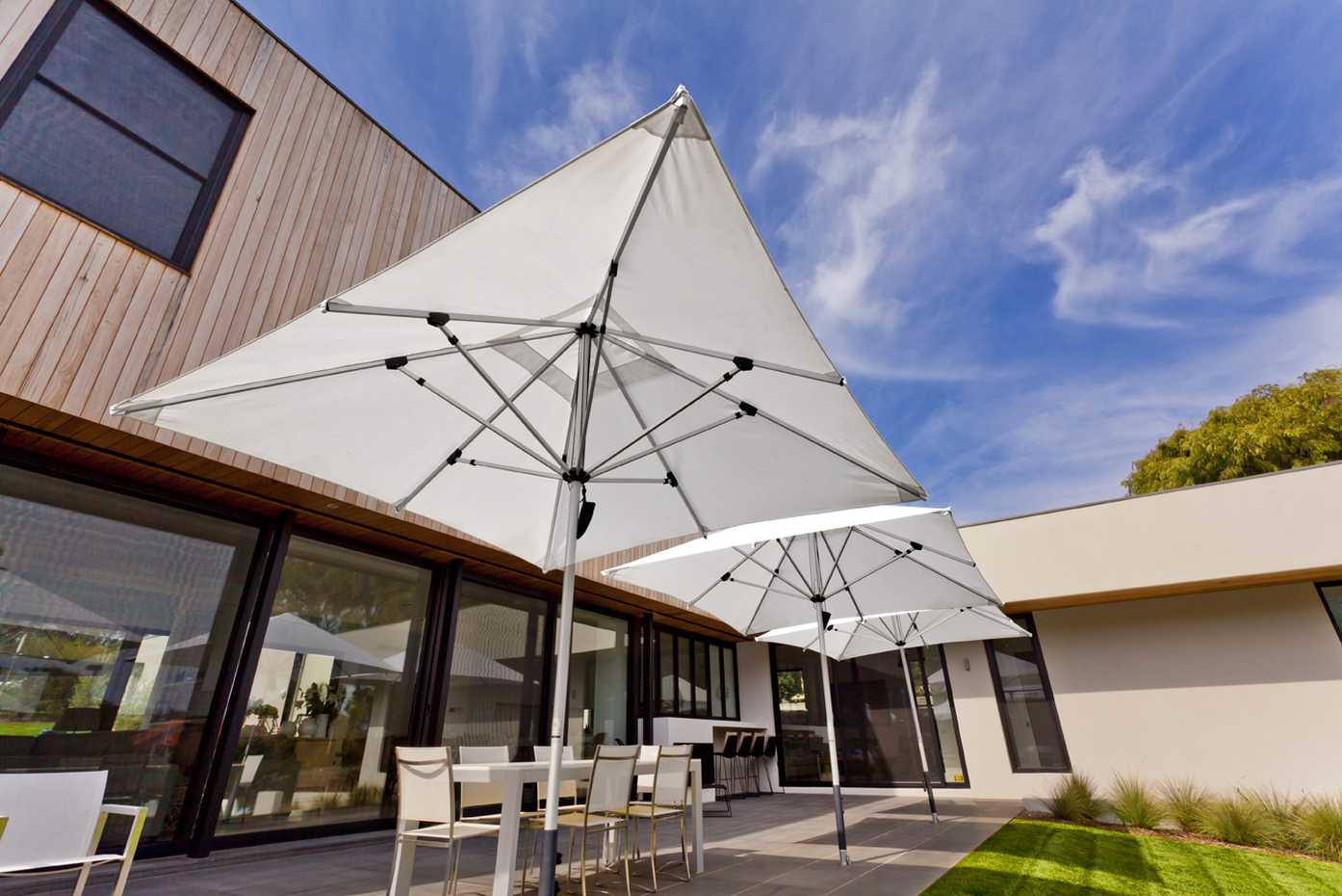 Cafe Series by Instant Shade Umbrellas product image 4