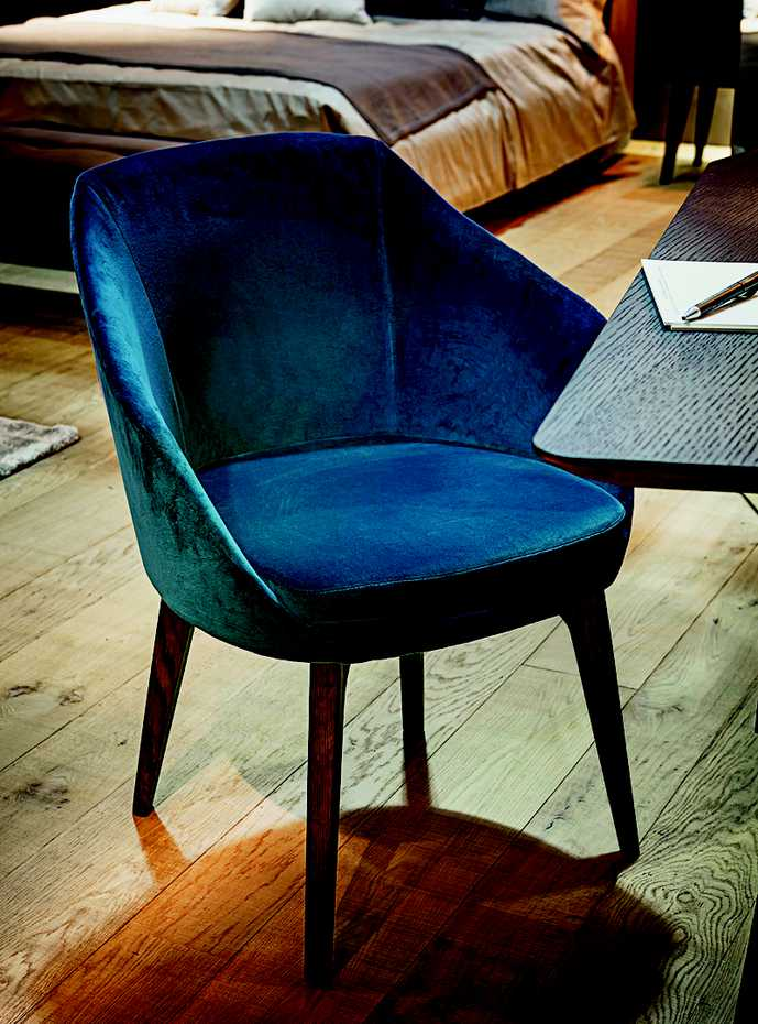 Opera Dining Chair by Vibieffe product image 7