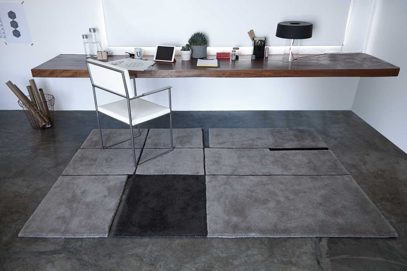 A 180 by Gan Rugs product image 1