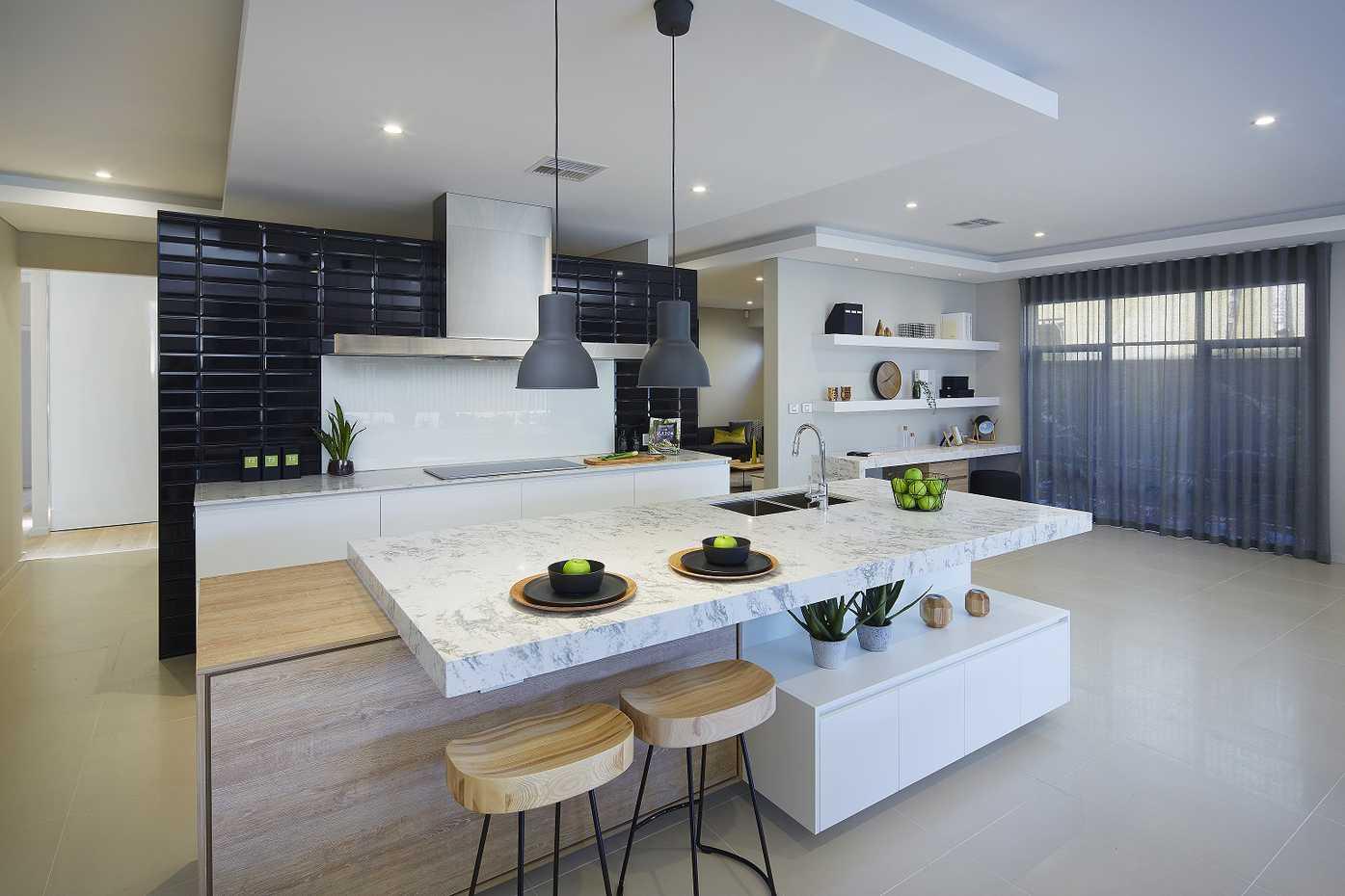 Vermont Platinum - Kitchen 2