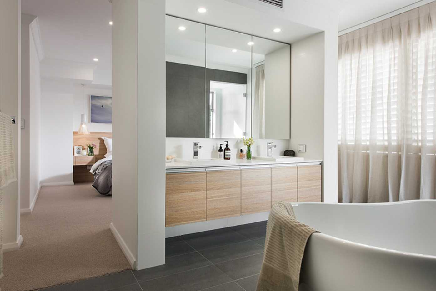 Boardwalk-luxurious-ensuite-bathroom