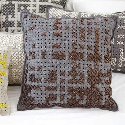 Canevas Cushion
