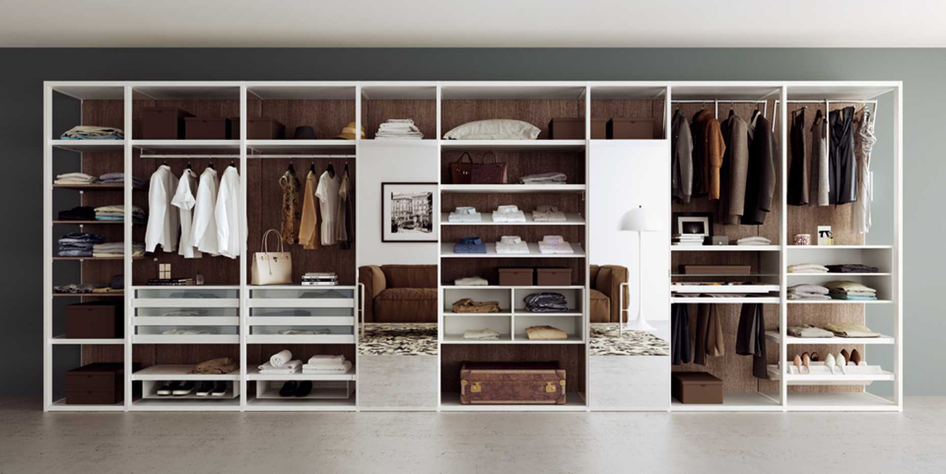 Walk-in Wardrobe with Framed Side by Mercantini product image 1
