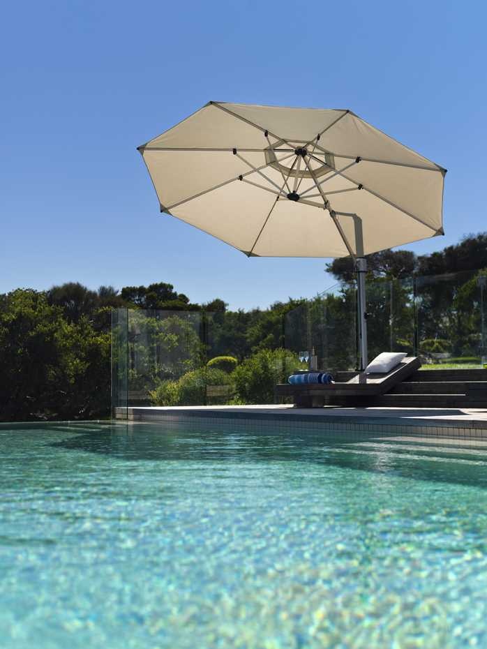 Eclipse Cantilever by Instant Shade Umbrellas product image 2